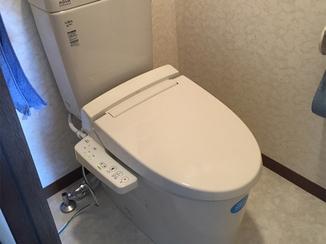 トイレリフォーム クッションフロアも新調して明るい雰囲気のトイレ空間