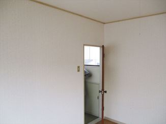 小工事 見違えるほど明るい雰囲気の部屋に一新!