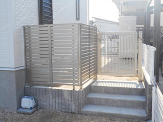 エクステリアリフォーム 門扉の設置でお子様の安全と防犯アップ