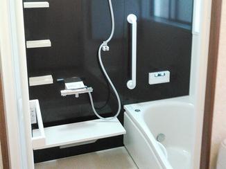 バスルームリフォーム 床も暖かく追い焚き機能も付いたユニットバス