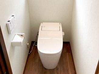 トイレリフォーム 掃除がしやすいコンパクトなトイレ
